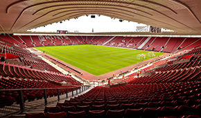 St Mary's Stadium vu des tribunes